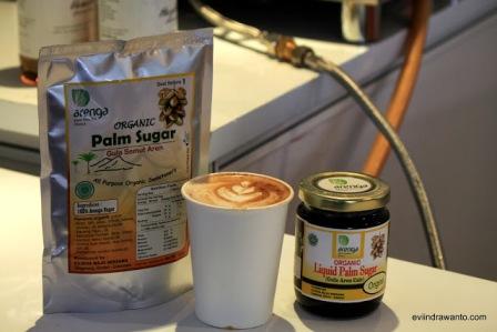 Arenga Palm Sugar untuk Latte. (Courtesy of  palmsugarindonesia dot com)