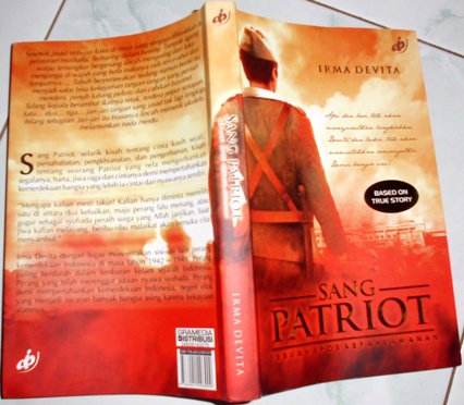 Cover luar novel SANG PATRIOT karya Irma Devita