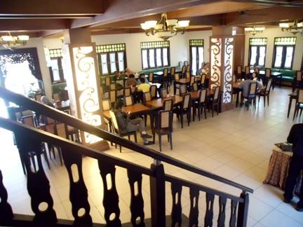 Suasana yang nyaman untuk menikmati sajian khas Cupuwatu resto.