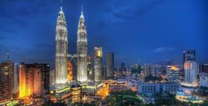 Menara Berkembar Petronas, ikon Malaysia di Kuala Lumpur. (Foto initempatwisata.com)