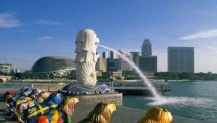 Patung Merlion, ikon negeri Singapura. (Foto andrea.com)