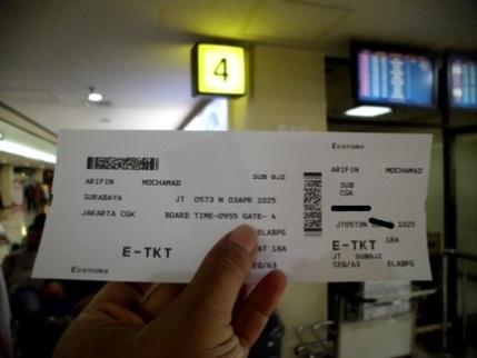 Ilustrasi tiket pesawat. (Dok. pribadi)