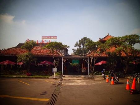 Tampilan depan Bebek Kaliyo Jl. Pasir Kaliki Bandung.